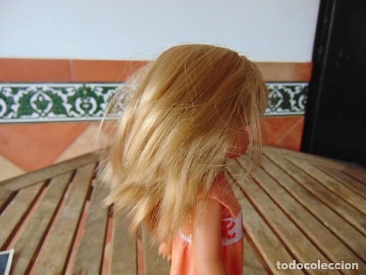 Muñecas Lesly de Famosa: MUÑECA LESLY DE FAMOSA HERMANITA DE NANCY PETO ROSA 4 PECAS - Foto 11 - 182976440