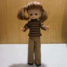 Muñecas Lesly de Famosa: LESLY AÑOS 70 20 PECAS BRAZO DURO EN MUY BUEN ESTADO. Lote 190695200