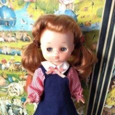 Muñecas Lesly de Famosa: CONJUNTO COLEGIALA LESLY. Lote 191173842