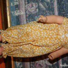 Muñecas Lesly de Famosa: VESTIDO ORIGINAL BASTANTE NUEVA MUÑECA DE FAMOSA . Lote 191711002
