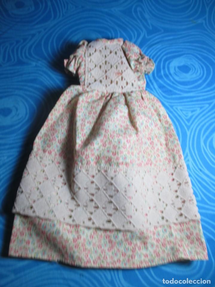 Muñecas Lesly de Famosa: VESTIDO LESLY AÑOS 70 - Foto 2 - 192111390