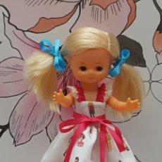 Muñecas Lesly de Famosa: VESTIDO PARA LESLY. Lote 192593868