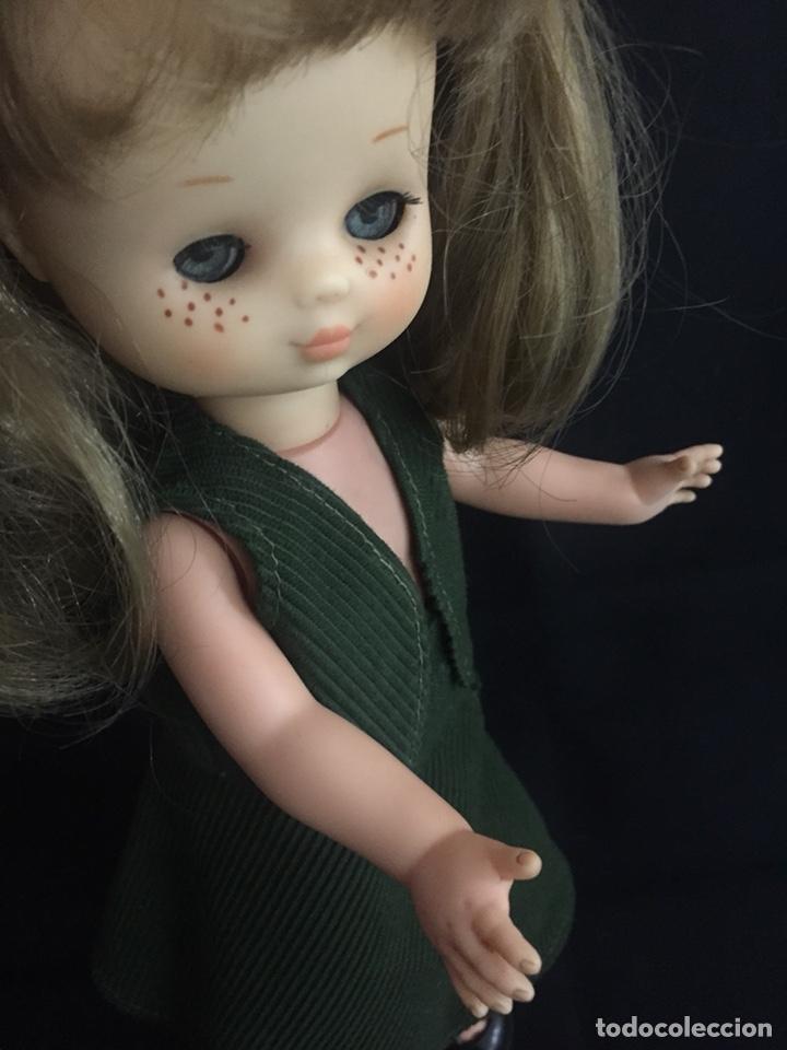 Muñecas Lesly de Famosa: Preciosa Lesly antigua, hermanita de Nancy, años 70, diez pecas, ojos arona. - Foto 2 - 194224696