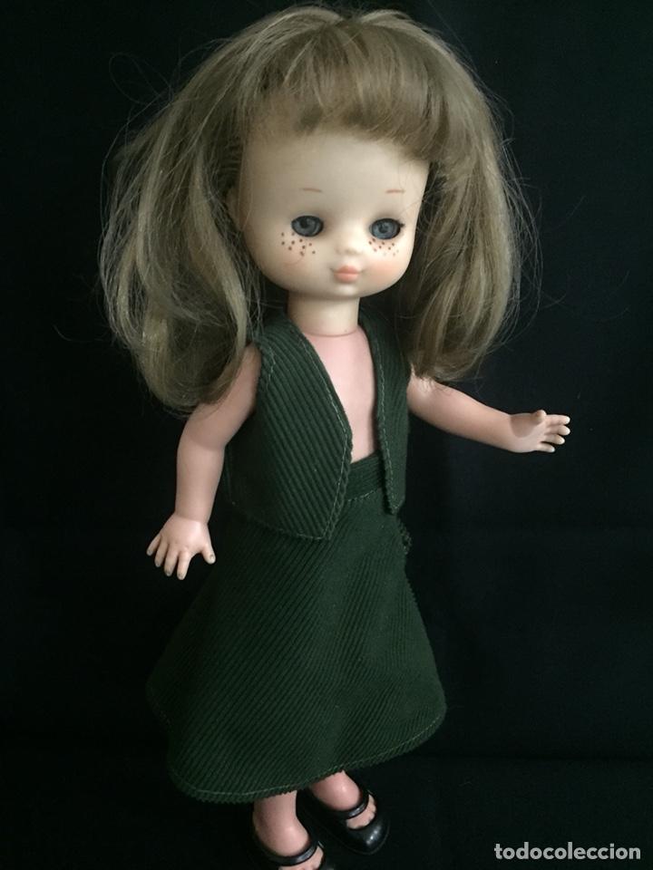 Muñecas Lesly de Famosa: Preciosa Lesly antigua, hermanita de Nancy, años 70, diez pecas, ojos arona. - Foto 3 - 194224696
