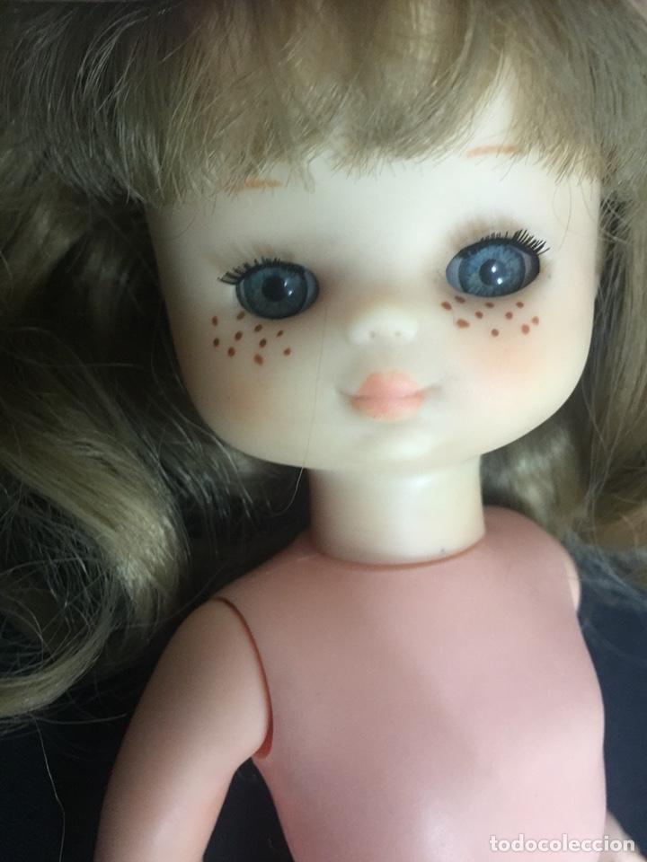 Muñecas Lesly de Famosa: Preciosa Lesly antigua, hermanita de Nancy, años 70, diez pecas, ojos arona. - Foto 9 - 194224696