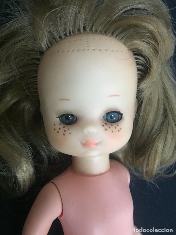 Muñecas Lesly de Famosa: Preciosa Lesly antigua, hermanita de Nancy, años 70, diez pecas, ojos arona. - Foto 10 - 194224696