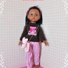 Muñecas Lesly de Famosa: CONJUNTO PARA MUÑECA LESLY, PAOLA REINA O LES CHÉRIES. Lote 194980300