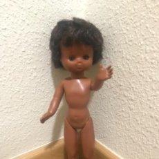 Bonecas Lesly da Famosa: MUÑECA LESLY NEGRA DE FAMOSA ORIGINAL AÑOS 70. Lote 197344613