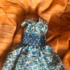 Bambole Lesly di Famosa: DIFICIL VESTIDO AZUL DE FLORES LESTY. Lote 203310572