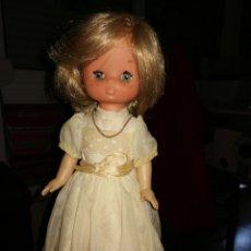 Muñecas Lesly de Famosa: MUÑECA LESLY BUEN ESTADO DE TODO. Lote 204150751