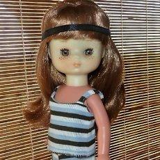 Muñecas Lesly de Famosa: PRECIOSA LESLY PELIRROJA 10 PECAS. Lote 205604142