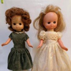 Muñecas Lesly de Famosa: DOS LESLY DE FAMOSA. Lote 205658941