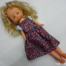 Muñecas Lesly de Famosa: ANTIGUA MUÑECA LESLY DE FAMOSA. VER FOTOS. Lote 206418812