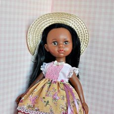 Muñecas Lesly de Famosa: CONJUNTO PARA MUÑECAS PAOLA REINA, COROLLE, LESLY. Lote 210356646
