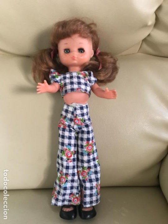 Muñecas Lesly de Famosa: Preciosa !!! LESLY PELIROJA CON ALGO FLEQUILLO años 70 9 y 10 pecas!!! MUY BUE ESTADO - Foto 2 - 211574115