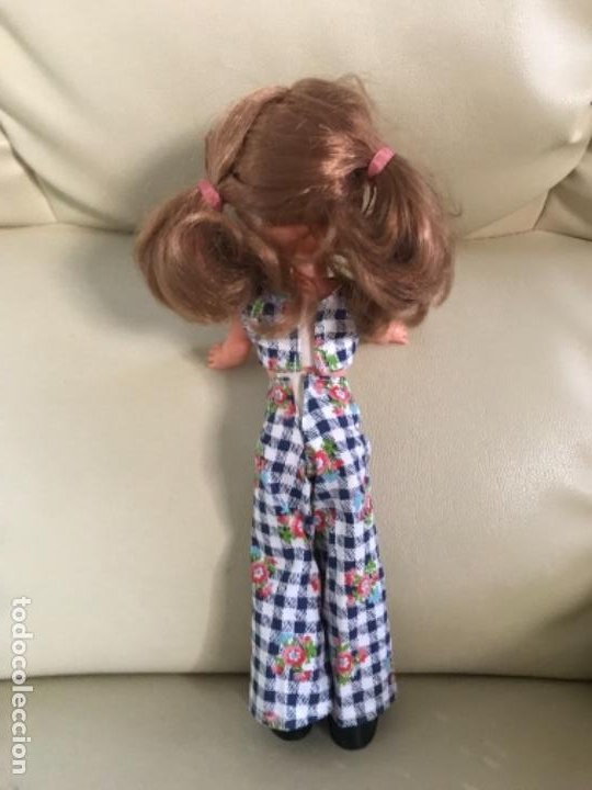 Muñecas Lesly de Famosa: Preciosa !!! LESLY PELIROJA CON ALGO FLEQUILLO años 70 9 y 10 pecas!!! MUY BUE ESTADO - Foto 3 - 211574115