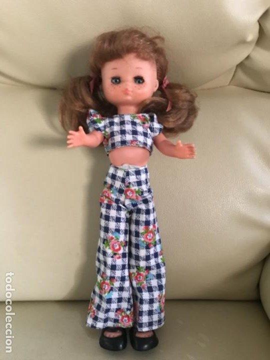 Muñecas Lesly de Famosa: Preciosa !!! LESLY PELIROJA CON ALGO FLEQUILLO años 70 9 y 10 pecas!!! MUY BUE ESTADO - Foto 4 - 211574115