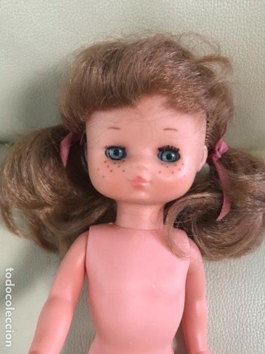 Muñecas Lesly de Famosa: Preciosa !!! LESLY PELIROJA CON ALGO FLEQUILLO años 70 9 y 10 pecas!!! MUY BUE ESTADO - Foto 8 - 211574115
