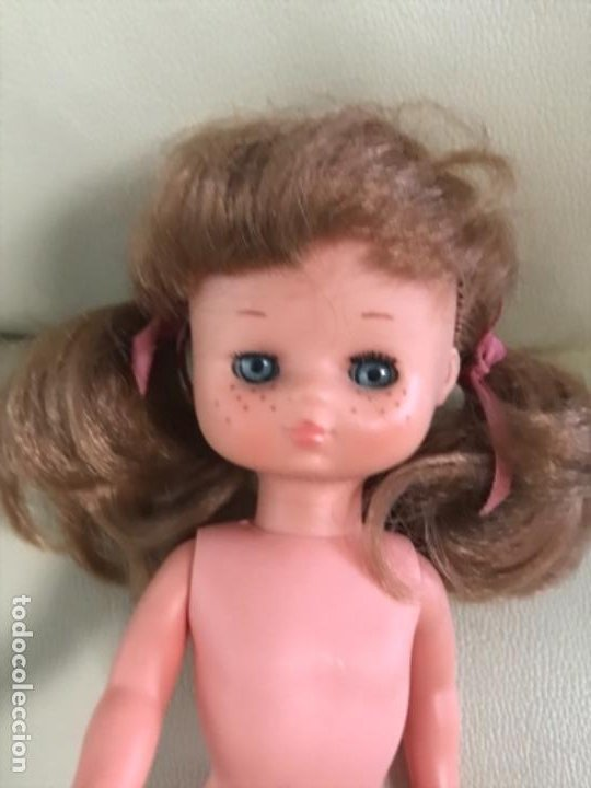 Muñecas Lesly de Famosa: Preciosa !!! LESLY PELIROJA CON ALGO FLEQUILLO años 70 9 y 10 pecas!!! MUY BUE ESTADO - Foto 9 - 211574115