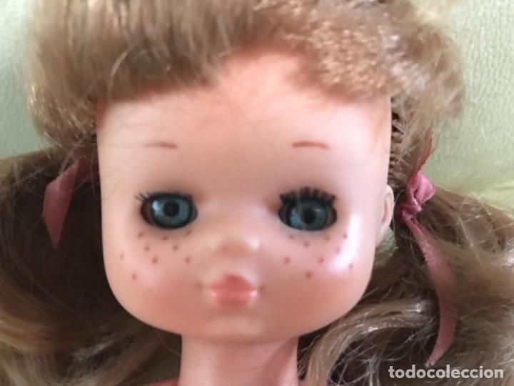 Muñecas Lesly de Famosa: Preciosa !!! LESLY PELIROJA CON ALGO FLEQUILLO años 70 9 y 10 pecas!!! MUY BUE ESTADO - Foto 11 - 211574115