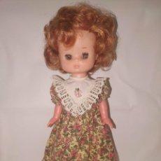 Muñecas Lesly de Famosa: LESLY PELIRROJA OJOS ARONA MARRONES BRAZOS DUROS CONJUNTO MUÑECA ORIGINAL. Lote 219041945