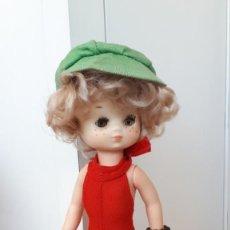 Muñecas Lesly de Famosa: LESLY DE FAMOSA CONJUNTO. Lote 219131802
