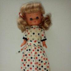Bonecas Lesly da Famosa: LESLY HERMANITA DE NANCY RUBIA OJOS AZULES CON PECAS DE FAMOSA. Lote 221699968