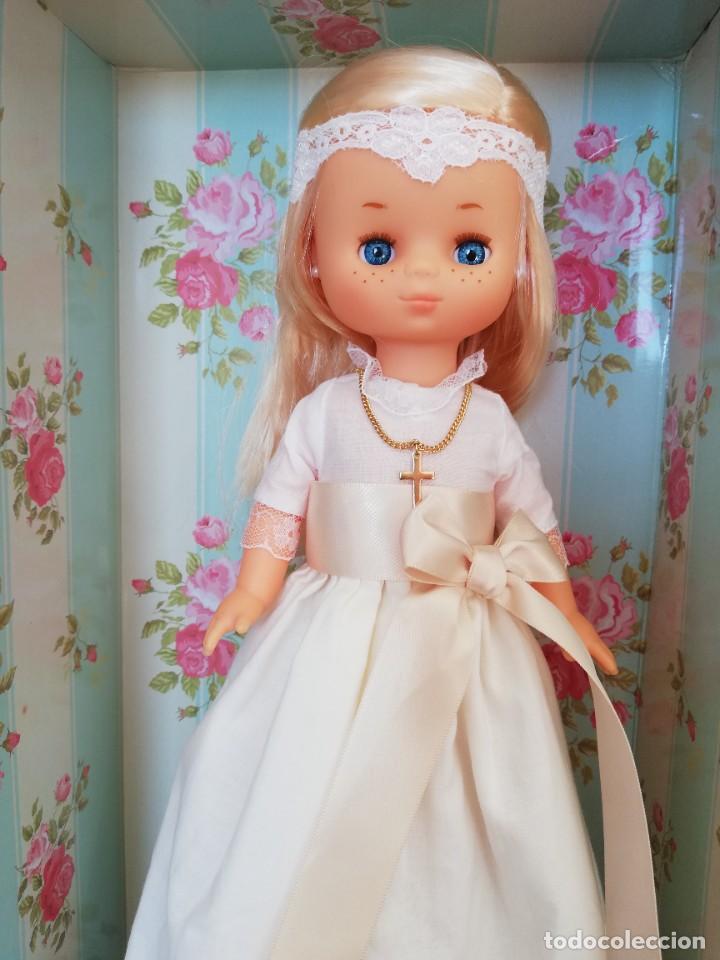 Muñecas Lesly de Famosa: Lesly de comunión, nueva a estrenar - Foto 2 - 222379077