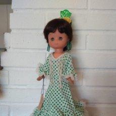 Muñecas Lesly de Famosa: LOTE DE 3 MUÑECAS LESLY CHUBASQUERO, LESLY ATS Y LESLY ROCIERA. Lote 222649428