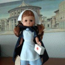 Muñecas Lesly de Famosa: 2 MUÑECAS. MUÑECA LESLY ATS, LESLY BENIDORM. Lote 224870245
