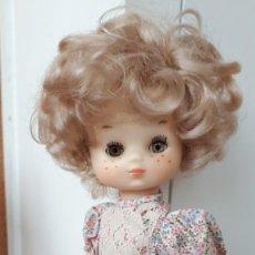 Muñecas Lesly de Famosa: LESLY HERMANITA DE NANCY LIBERTY TODA DE ORIGEN. Lote 227105319