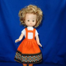 Muñecas Lesly de Famosa: LESLY - ANTIGUA MUÑECA LESLY 10 PECAS, JAKCAR, TODA DE ORIGEN VER FOTOS! SM. Lote 229077415