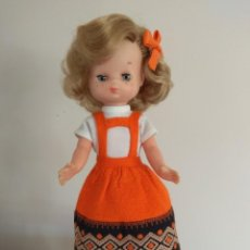 Muñecas Lesly de Famosa: MUÑECA LESLY MODELO JACKAR. Lote 231156215
