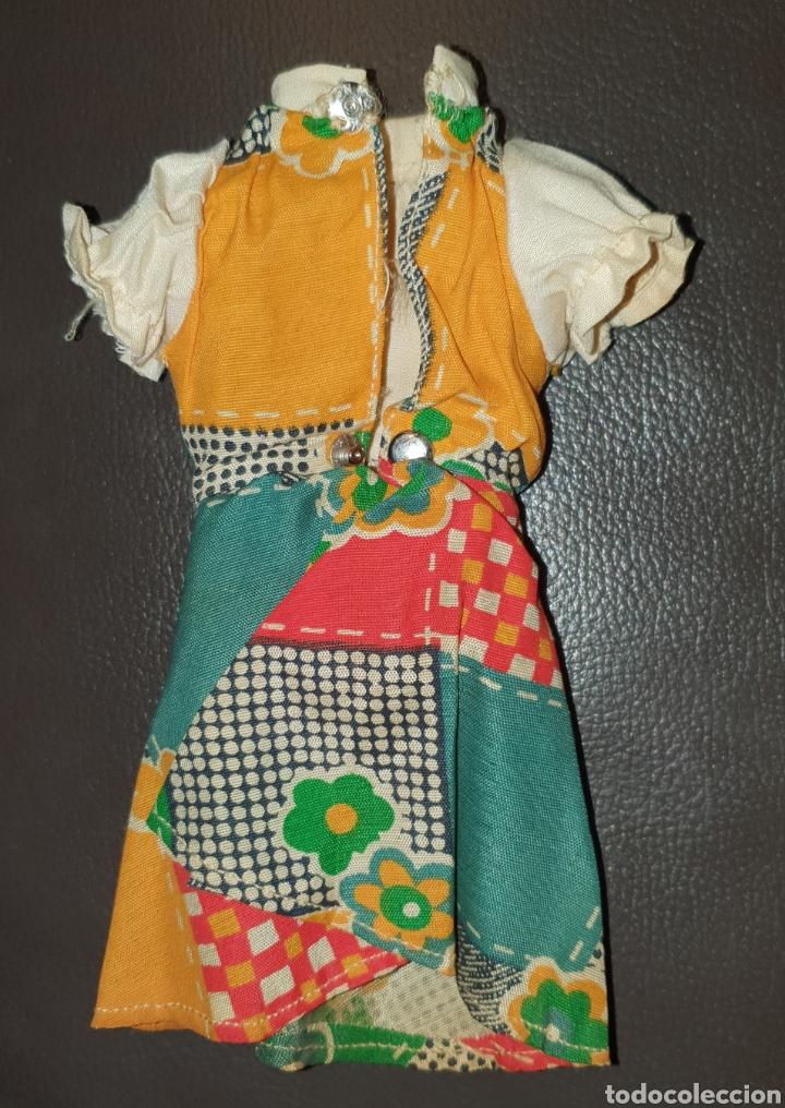 Muñecas Lesly de Famosa: PRECIOSO VESTIDO LESLY DE FAMOSA AÑOS 70 NO LLEVA ETIQUETA - Foto 3 - 232076500