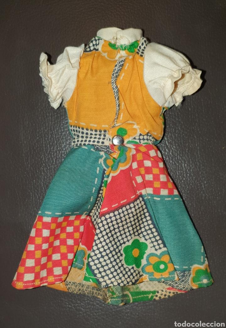 Muñecas Lesly de Famosa: PRECIOSO VESTIDO LESLY DE FAMOSA AÑOS 70 NO LLEVA ETIQUETA - Foto 5 - 232076500