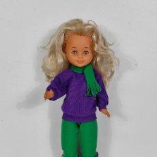 Muñecas Lesly de Famosa: PRECIOSA MUÑECA LESLY RUBIA - 5 PECAS - FAMOSA - OJOS AZULES - AÑOS 80. Lote 234500600