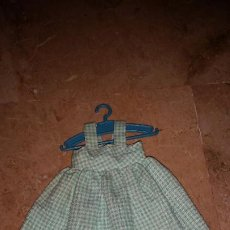 Muñecas Lesly de Famosa: VESTIDO VICHY ORIGINAL DE LESLY. Lote 253575175