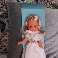 Muñecas Lesly de Famosa: ANTIGUA MUÑECA LESLY DE FAMOSA COMUNIÓN¡¡NO JUGADA!!. Lote 256000275