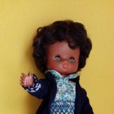 Muñecas Lesly de Famosa: LESLY NEGRITA DE FAMOSA AÑOS 70 - MUÑECA LESLY NEGRA. Lote 260688655