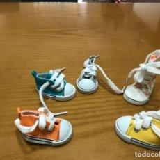 Muñecas Lesly de Famosa: BAMBAS PARA LESLY O MUÑECA SIMILAR. Lote 266505403