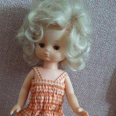 Muñecas Lesly de Famosa: LESLY. Lote 268930749