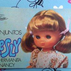 Muñecas Lesly de Famosa: CATÁLOGO DE LA MUÑECA LESLY DE FAMOSA - SIN USO (1977). Lote 275672683