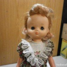 Muñecas Lesly de Famosa: PRECIOSA LESLY 10 PECAS DE LAS PRIMERAS OJOS ARONA ? EN NUCA FAMOSA MADE IN SPAIN. Lote 278593593