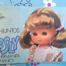 Muñecas Lesly de Famosa: CATÁLOGO DE LA MUÑECA LESLY DE FAMOSA - SIN USO (1977). Lote 278871133