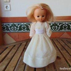Muñecas Lesly de Famosa: MUÑECA LESLY DE FAMOSA VESTIDA DE COMUNION, DE LAS PRIMERAS HERMANITA DE NANCY. Lote 288442883