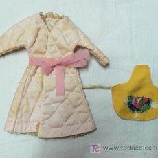 Muñecas Modernas: BATA DE BOATINE Y DELANTAL CREO QUE SON DE SINDY DE FLORIDO -V I B. Lote 26733522