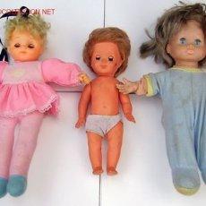 Muñecas Modernas: LOTE DE TRES MUÑECOS DE GOMA AÑOS-70???. Lote 1586771