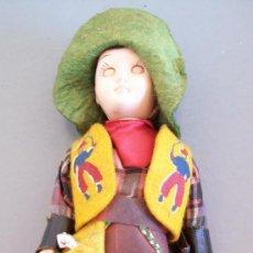 Muñecas Modernas: MUÑECO ´ VAQUERO ´ DE PLASTICO DURO (CABEZA Y BRAZOS ARTICULADOS, OJOS CIERRAN, 18CM APROX). Lote 22873536
