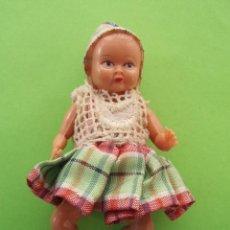 Muñecas Modernas: ANTIGUA MUÑECA DE LOS AÑOS 50 PERFECTAMENTE CONSERVADA. Lote 24699223