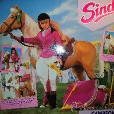 Muñecas Modernas: CABALLO CAMPEÓN DE SINDY, AÑO 1991. DE HASBRO.. Lote 28394307